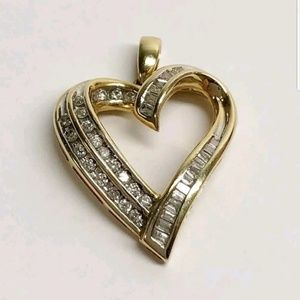Jewelry - 14k yellow gold diamond heart necklace